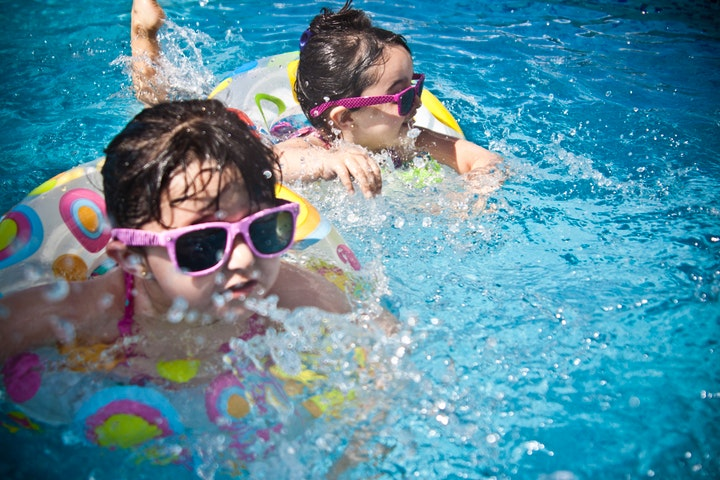 Swimming Pool Maintenance – How Much Time Does It Take?