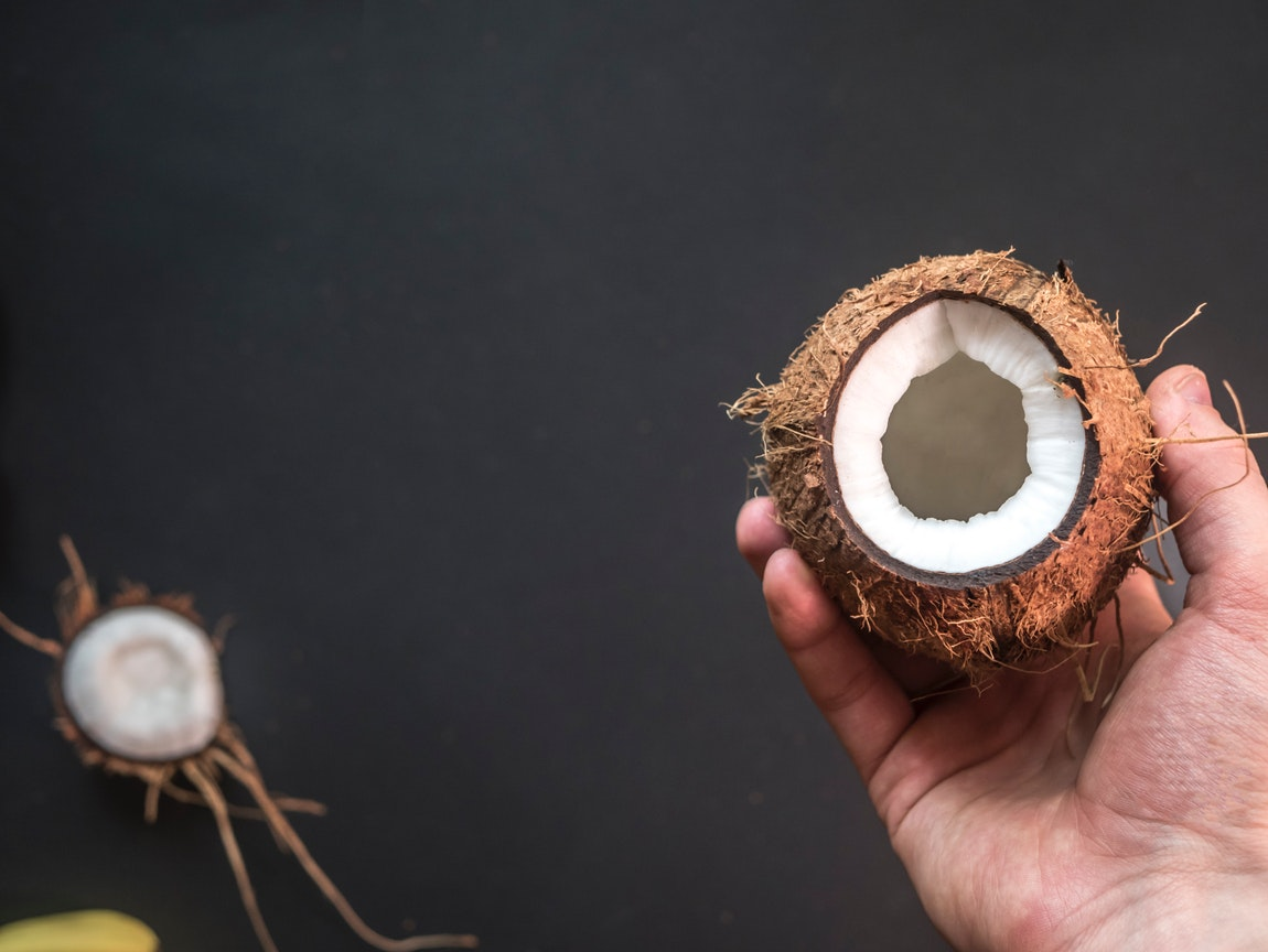 Discussing the Health Advantages of Pure Coconut Oil