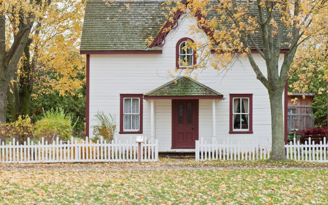 Opting For Added Assistance When Selling A Home