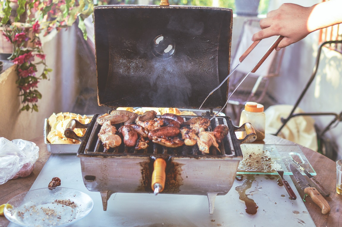 BBQ Grill Cleaning Advice You Should Definitely Start Applying Today