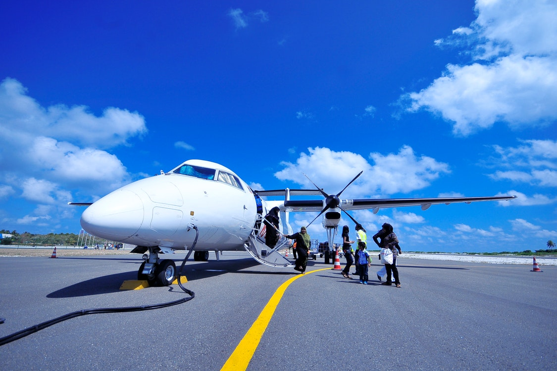 Top Reasons Why You Should Consider Renting a Private Jet for Your Next Trip